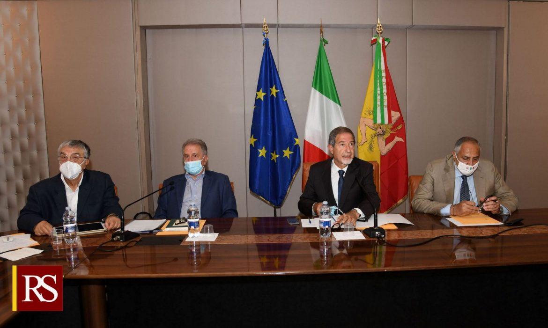 Identità siciliana, formati 300 docenti e presentati oltre 100 progetti nelle scuole Musumeci: «Data attuazione a una legge regionale, obiettivo raggiunto»