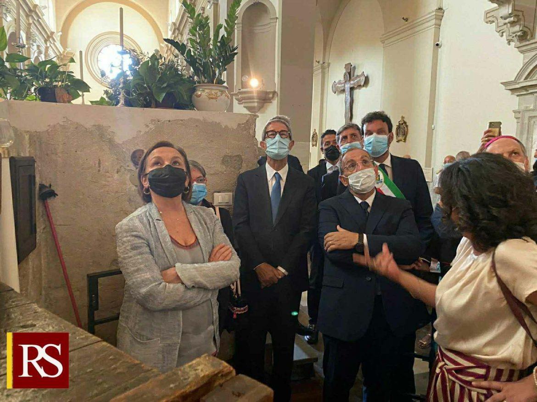 Siracusa, Musumeci accoglie ministro Lamorgese alla Basilica di S. Lucia per ammirare la tela del Caravaggio