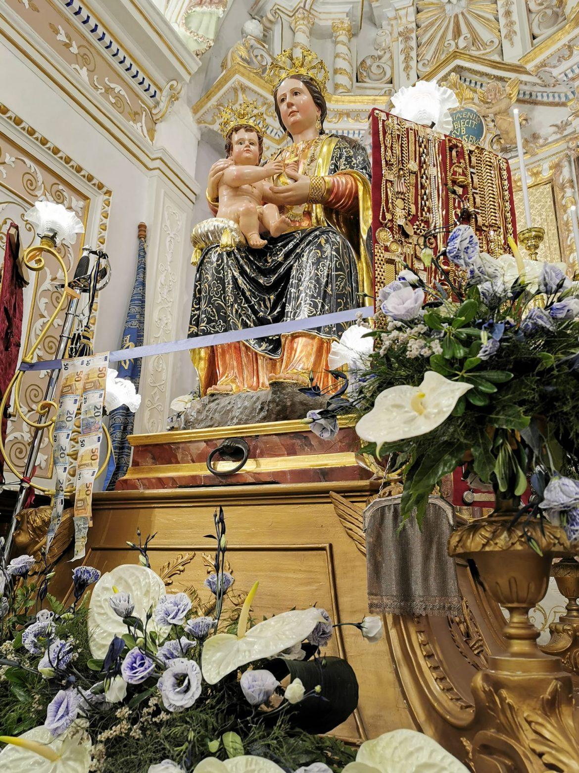 Buscemi: E' il giorno della festa della Patrona Maria Santissima del Bosco. Il 5 Settembre l'Ottava