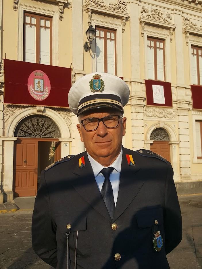 Carlentini, ll maggiore della Polizia municipale Sebastiano Barone va in pensione, l'Ispettore capo Luciano Campagna è il nuovo comandante. La nomina firmata dal sindaco Giuseppe Stefio