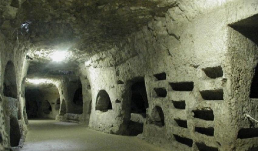 Siracusa, Scopri Catacomba alla Catacomba di San Giovanni
